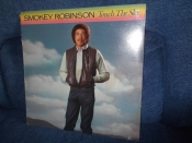 Smokey Robinson (Miracles) Touch the sky USA 1983г sealed (фабрично запечатан) LP